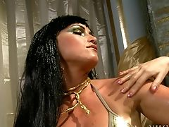 Blonde Senora Can't Get Enough And Stimulates Leyla Black's Again And Again