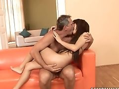 Nubile Has Good Cock Blowing Practice And Widens It With Hard Dicked Fuck Pal