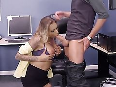 Xander Corvus Gets His Always Hard Snake Used By Assfuck-loving Blonde Juelz Ventura With Ginormous Knockers After Oral Job