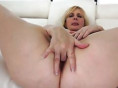 Blonde And Hard Dicked Dude Love Oral Fuck-fest