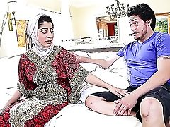 Bootylicious Pakistani Princess Nadia Ali Can Indeed Rail A Dick
