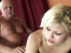 Blonde Makes Dudes Rock Solid Snake Vanish In Her Mouth In Sexual Rapture
