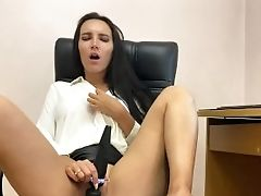 Hot Assistant Masturbates In The Office With Her Beloved Plaything