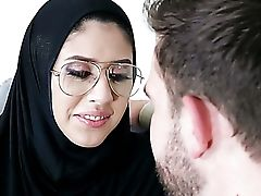 Nerdy Hijab Nymphomaniac Angel Del Rey Gets Analfucked From Behind Hard