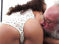 Dark-haired Brazilian Has Fire In Her Eyes While Eating Mans Pulsating Fuck Stick