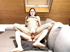 'hotchick Gets Creampied In Her Cock-squeezing Muff'