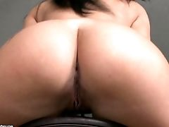 Kyra Hot Shows Her Hot Tits And Bootie