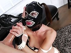 Black-haired Gets The Fuck-hole Inbetween Her Gams Fucked Hard