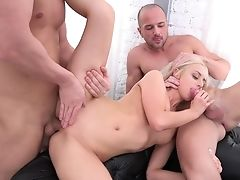 Blonde Gets Down And Dirty In Jism Flying Activity